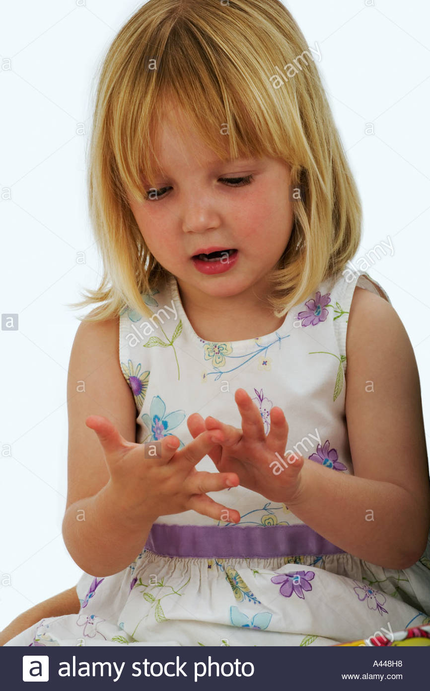 Сонник Рассматривать свои руки. К чему снится Рассматривать свои руки 87